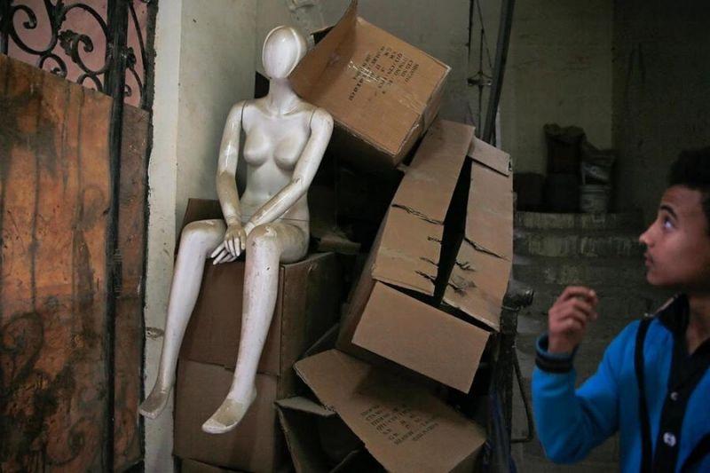 埃及服装行业因进口中国时装模特儿 本土制造商面临倒闭